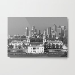 View of Queens House and Canary Wharf from Greenwich Park Metal Print