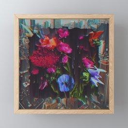ÂNSWRNMÂCHN Framed Mini Art Print
