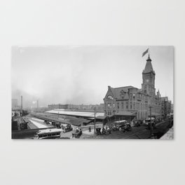 Chicago and North Western Railway Station, Chicago, Illinois Canvas Print