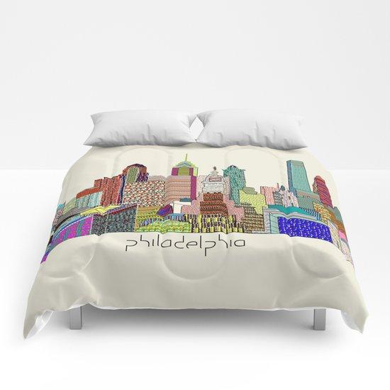 Philadelphia city sklyine Comforters