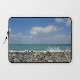 Aqua stone beach - Beaches Laptop Sleeve