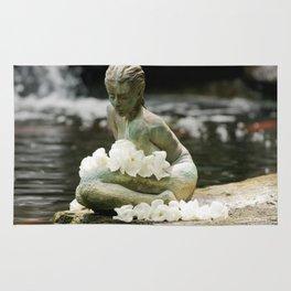 Japanese Woman Statue (Zen Garden with White Flowers) Rug