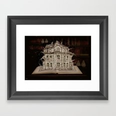 Die Geschichte der Villa... Framed Art Print