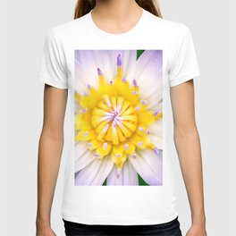 Flower photography by Hoover Tung T-shirt