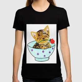 Kitten with a rose in a bowl T-shirt