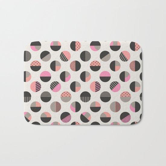 Circles pattern vector illustration Bath Mat