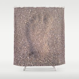 trace in the sand Shower Curtain