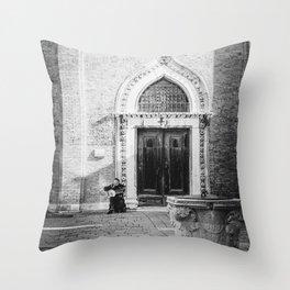 Street musician in Venice Italy Throw Pillow