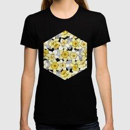 Daffodil Daze - yellow & grey daffodil illustration pattern T-shirt