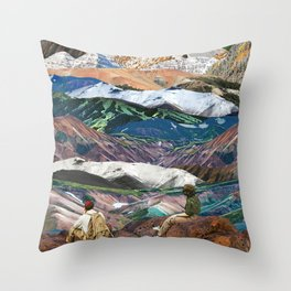 Infinite mountains Throw Pillow