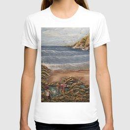 Rock Pools at Ogmore T-shirt