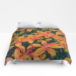 Daylilies in the Garden Comforters