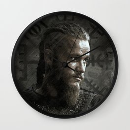 Ragnar Lodbrok - Vikings Wall Clock