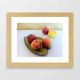 Composizione di mele. Apple composition. Compostion de la pommes Framed Art Print