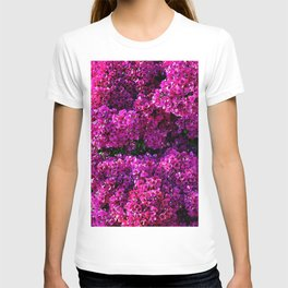 flwers in lilla T-shirt