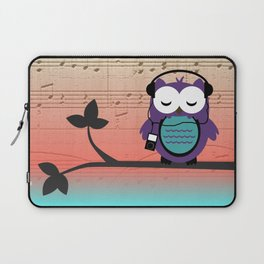 Owl Listening to Tunes Music Sheet Laptop Sleeve