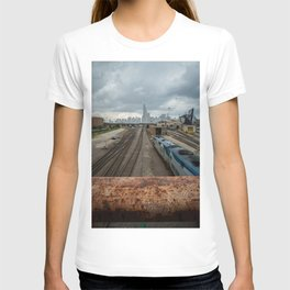 Traveling to Chicago T-shirt