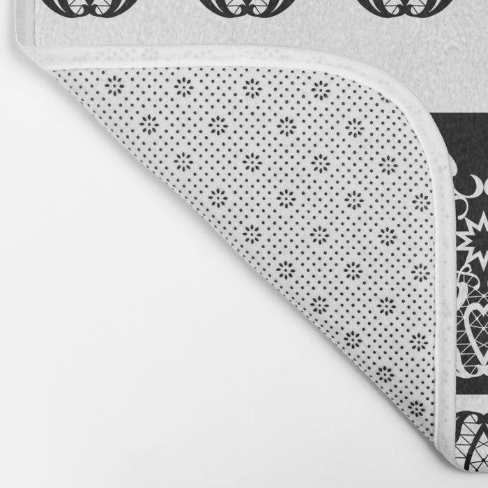 Black and white lace pattern . Bath Mat