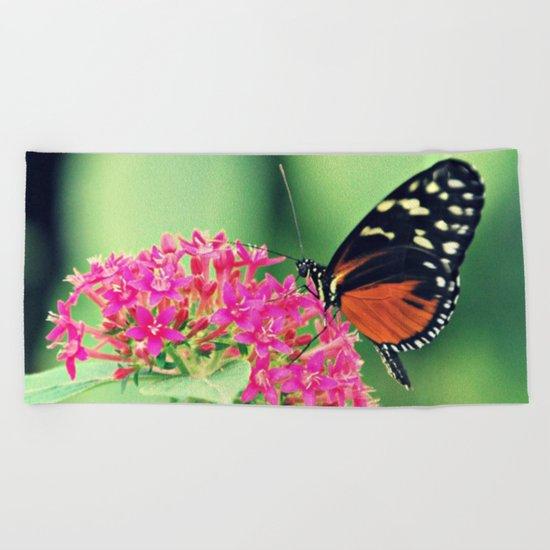 Butterfly & flower retro Beach Towel