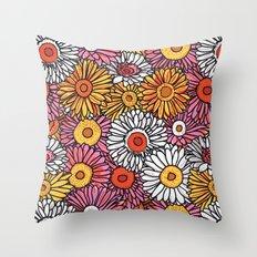 Daisy Pattern Throw Pillow