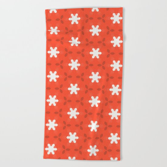 white star on red pattern Beach Towel