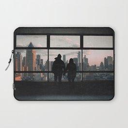 Manhattan Views-New York City Skyline and Couple Laptop Sleeve
