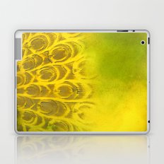 Dirty feathering Laptop & iPad Skin