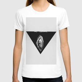 a REBOURS T-shirt