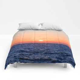 Evening sea landscape. Comforters