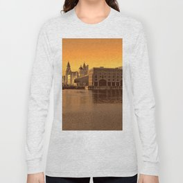 Albert Dock, Liverpool Long Sleeve T-shirt