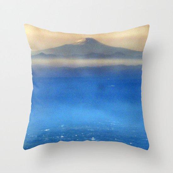 Fuji-san (富士山) original version Throw Pillow