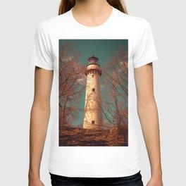 Grosse Point Lighthouse From The Dunes Evanston Illinois Light Station T-shirt