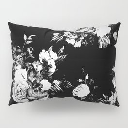 Black and White Retro Roses Pillow Sham