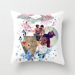 eramos niños Throw Pillow