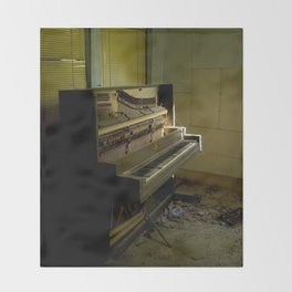 Upright Piano Throw Blanket