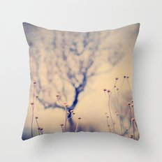 Dreaming tree. Vintage Throw Pillow