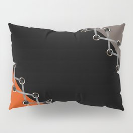 Lacing . Black , red and brown . Pillow Sham