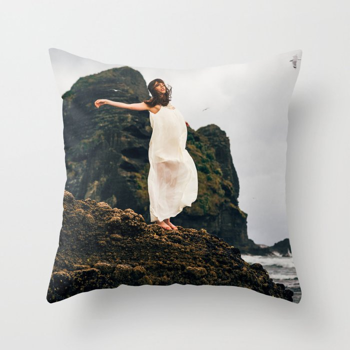 Ethereal 05 Throw Pillow