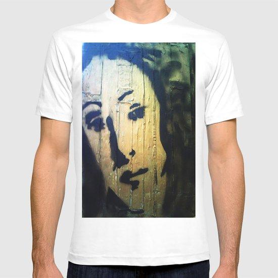 VENUS IN GOLD4 T-shirt