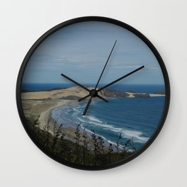 te werahi beach Wall Clock