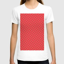Retro Christmas Green Polka Dots Red Background T-shirt