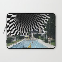 Hurry, dream is collapsing Laptop Sleeve