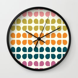 Retro '70s Geometric Leaves Wall Clock