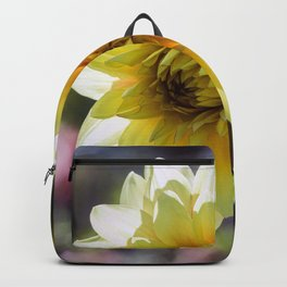 Dahlia In The Garden / 30 Backpack