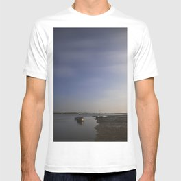Moonlight on boats under a star filled sky. Brancaster Staithe, Norfolk, UK. T-shirt