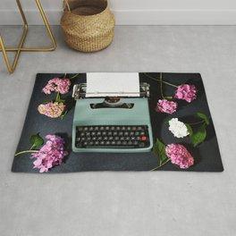 Vintage typewriter with hydrangea flowers Rug