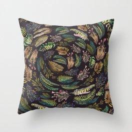 circular garden Throw Pillow
