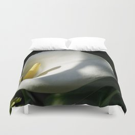 White Calla Lilies Over Black Background In Soft Focus Duvet Cover