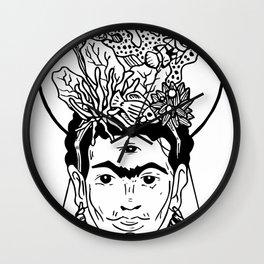 Frida en el caribe Wall Clock
