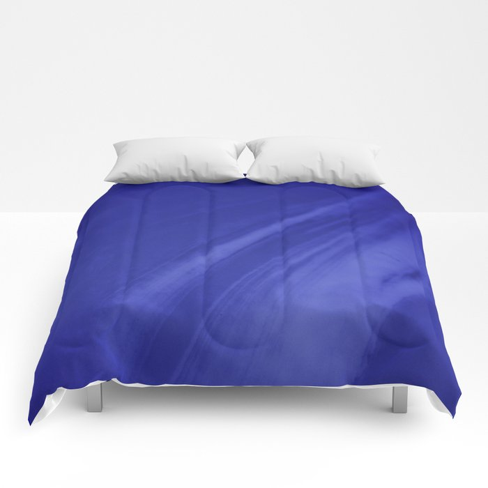 Blurred Royal Blue Wave Trajectory Comforters